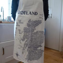APRON yes wee